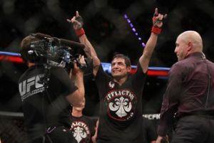 UFC_188-Gabriel_Benitez-clay_collard_MILVID20150613_0020_11