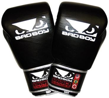 bad-boy-pro-series-muay-thai-gloves