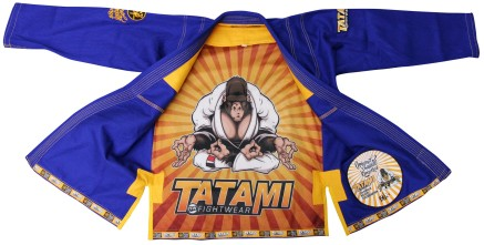 tatami_original_primate_kimono_blue_closeup15_039a8541-e0fb-4ea9-909f-f55baafcd73f_2048x2048