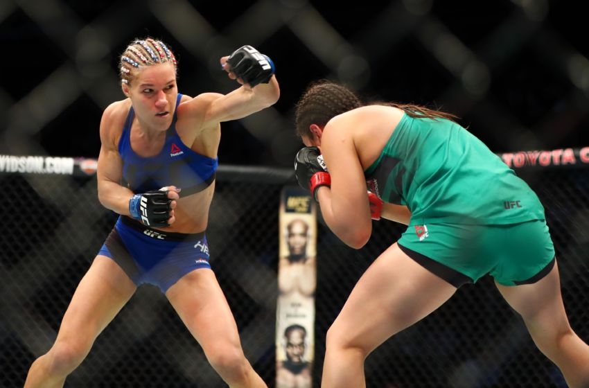 9860005-mma-ufc-fight-night-grasso-vs-herrig-feel